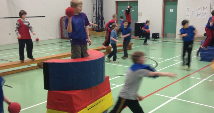 House Games – Obsta-d-ball